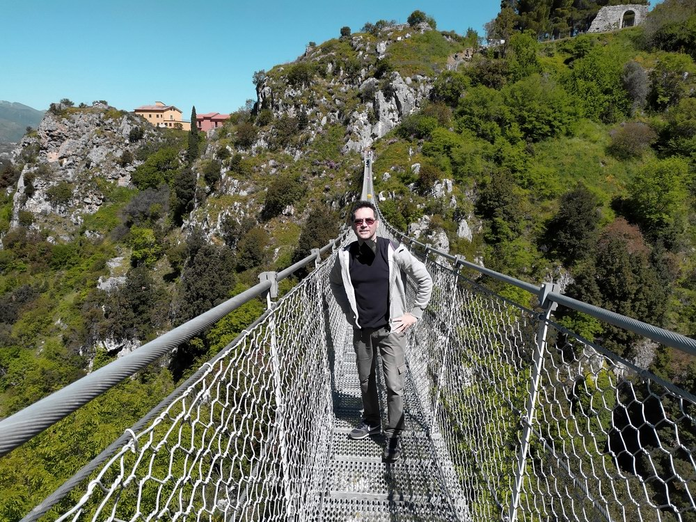 Il Ponte Tibetano di Laviano (foto Domenico Cuomo da Spunti di Viaggio)