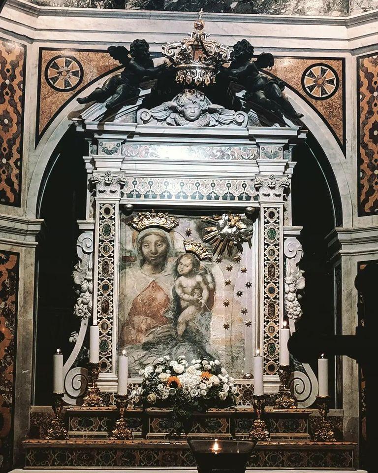 Madonna dell'Arco (foto Maurizio Cuomo - Spunti di Viaggio)