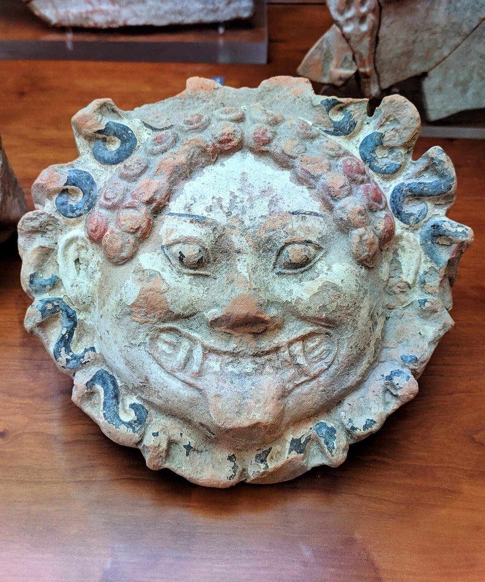 Mascherone - Museo Archeologico Nazionale della Basilicata (foto Maurizio Cuomo - Spunti di Viaggio)