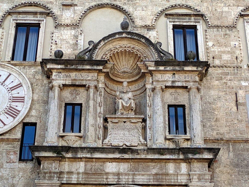 Palazzo dei Capitani - Ascoli Piceno (foto Maurizio Cuomo - Spunti di Viaggio)